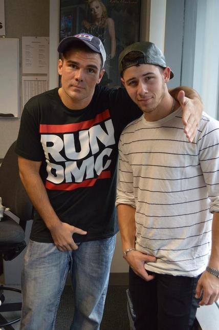 Me: hey @nickjonas wanna do the crotch grab poseNick: sure#feelingnuts #tes...